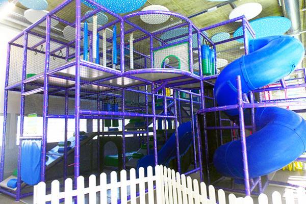 Inicio Parque Infantil Tobogán